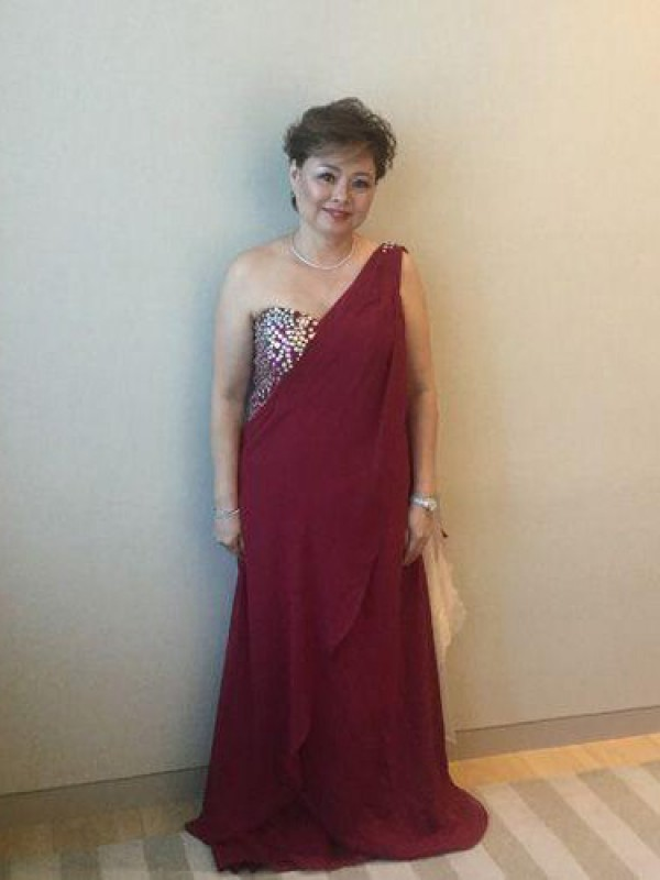 A-Line/Princess One-Shoulder Chiffon Sleeveless Sweep/Brush Train Mother of the Bride Dresses