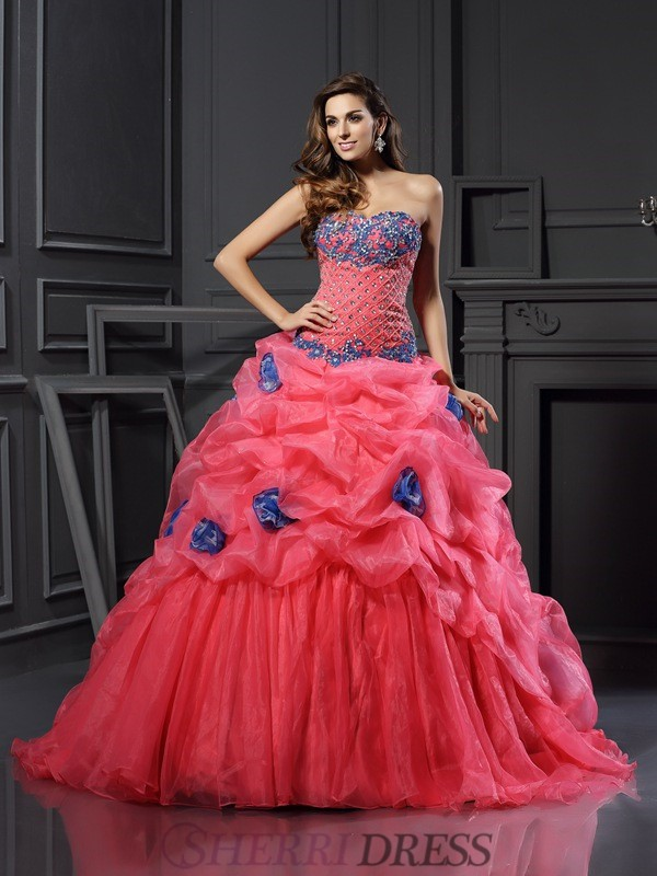 Ball Gown Sweetheart Organza Sleeveless Chapel Train Prom Dresses