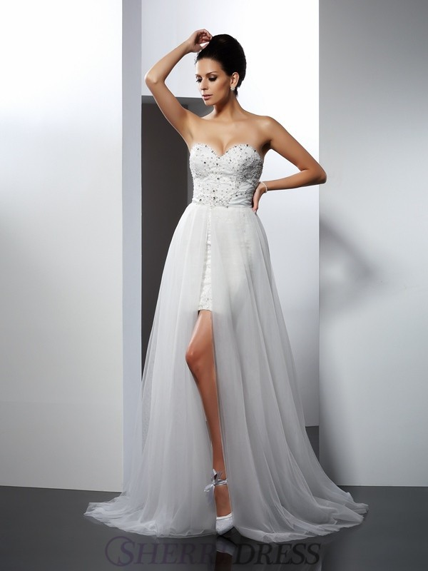 A-Line/Princess Sweetheart Tulle Sleeveless Chapel Train Wedding Dresses