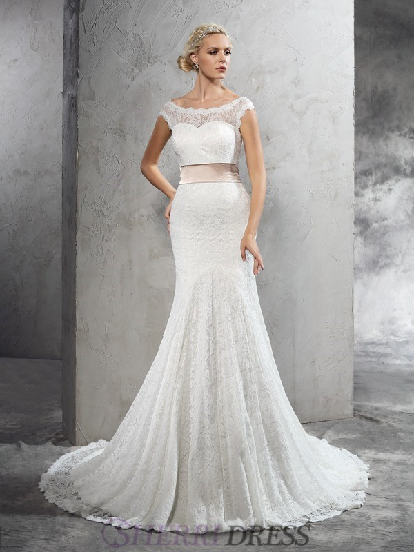 Sheath/Column Sheer Neck Lace Sleeveless Court Train Wedding Dresses