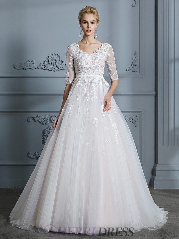 Ball Gown V-neck Tulle 1/2 Sleeves Court Train Wedding Dresses