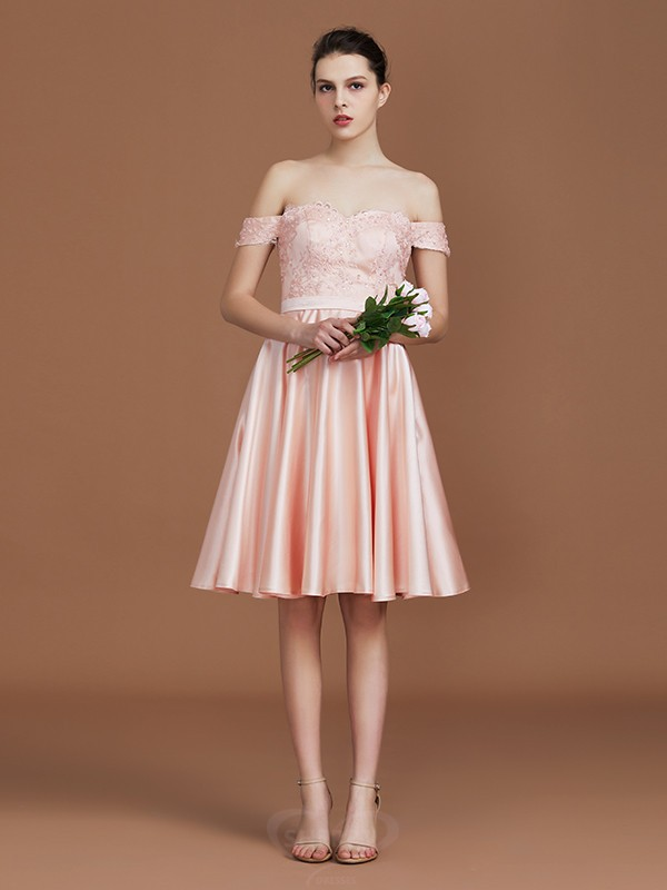 A-Line/Princess Sweetheart Satin Short Sleeves Knee-Length Bridesmaid Dresses