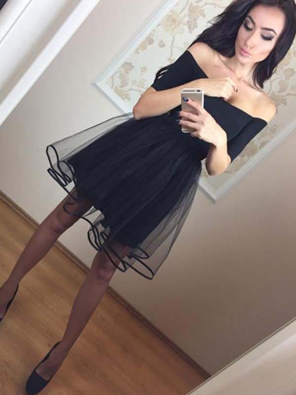 A-Line/Princess Off-the-Shoulder Tulle 1/2 Sleeves Short/Mini Dresses